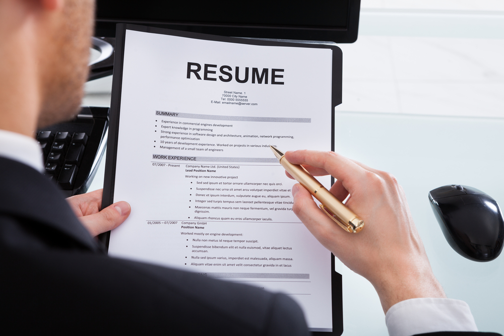 How to Write Compelling Resume & LinkedIn Profile Bullets | HELLMANN ...