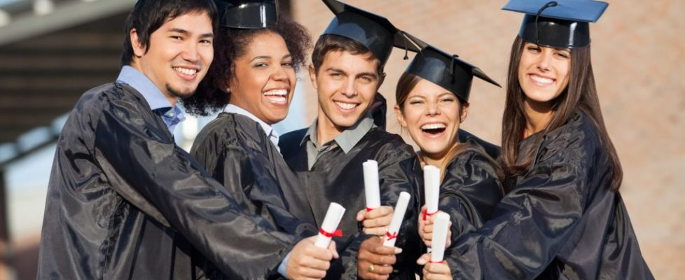 Graduating canstockphoto16484501