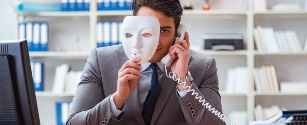 scam person Shutterstock optimized 662294494